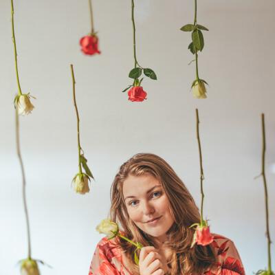 Sanne zoekt een Appartement / Huurwoning / Kamer / Studio in Haarlem